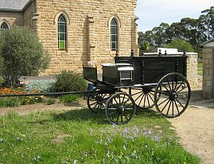 Horse drawn hearse at NG Church